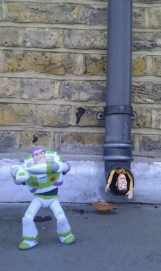 """Buzz! Buzz! Come Back!"" #toystory #toy #woody #buzz  @Ali Nink"