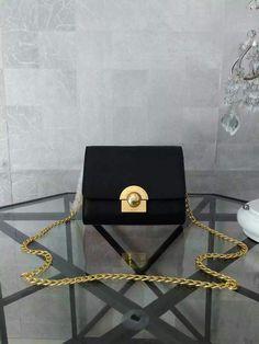 2016 Latest Prada Small Shoulder Bag 1BH007 Black Saffiano Leather