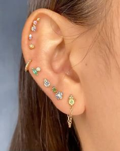 Gems Cool Ear Piercings, Ear Piercings Cartilage, Multiple Ear Piercings, Ear Plugs, Tongue Piercings, Rook Piercing, Ear Jewelry, Cute Jewelry, Jewelery