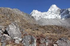 #Everest_Base_Camp_Trekking :Ana clear bright day even with cloud also & tremendous landscape from top to bottom of mountains from Khumbu region during EBC trekking #EBC_trek #Nepal #trekking #trekkingNepal #photography #himalayas #mountains #outdoors #greatoutdoors #wanderlust #bucketlist #awesome #yournextadventure #ClearSkyTreks #adventure #offthebeatentrack #hiking #hikingadventures #instanepal #gokyo #gokyori : @Clear_Sky_Treks...