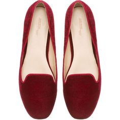 Zara Basic Velvet Slipper (€13) ❤ liked on Polyvore featuring shoes, flats, sapatos, loafers, shoes - flats, burgundy, velvet flat shoes, burgundy velvet shoes, velvet flats and velvet shoes