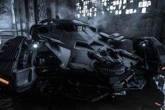 Batman V. Superman: Dawn Of Justice Trailer Set To Be Unveiled http://www.ubergizmo.com/2015/04/batman-v-superman-dawn-of-justice-trailer-set-to-be-unveiled/