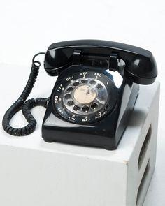 TE017 Reis Black Rotary Telephone.jpg