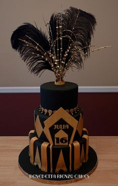 Great Gatsby Sweet 16 Cake - Happy Sweet 16 Julia! This is a cake I made for one of my friend's for her daughter's 16th birthday party. She had an amazing Great Gatsby Theme. The original design is by Julie Head of Let Them Eat Cake/juliequeen77 on Flickr.