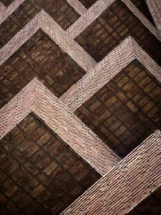 La Obra Urbana de Togo Díaz / José Ignacio Díaz Brick Images, Sr1, Facade Design, Brickwork, Facade Architecture, Terrace, Blanket, Inspiration, Home