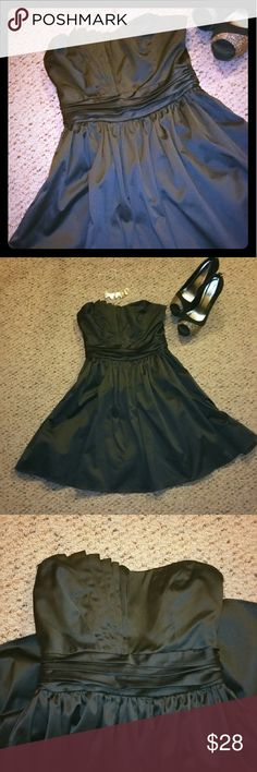 Strapless Black Dress Size small. Black dress 55% cotton 43% polyester 2% spandex. Condition : Great. Brand : Tea/F. Shoes can be purchased seperately! tea/f Dresses Mini