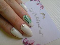Kit nail art palmier blanc Réalisé à la main  Tailles:  XS: 3,7,5,6,9 S…