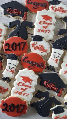 Graduation cookie set by Sweet Sophia's