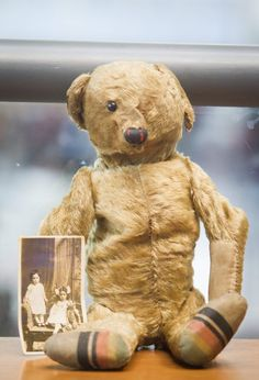100 Year-Old Teddy Found Abandoned At Airport (♥ ya just gotta love this guy! ♥)