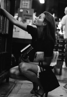 Spotting her at his favorite book store