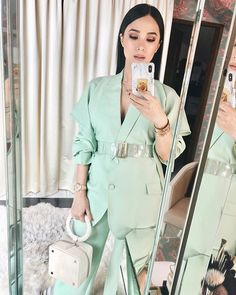 A mint power suit for today's #HappySkinXLoveMarie relaunch! I had such a great time with you all. Don't forget to tag me in your selfies!…