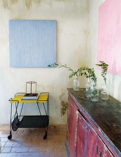 """Luis Sendino and Jacobo Valentí, from Barcelona, renovated a 18th century """"masía"""" (Spanish rural home)"""