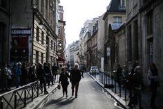 092 Chill, Street View, Paris, Montmartre Paris, Paris France