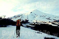 Volcan Villarrica : Hike - Ascent - Tour - Trekking / Discount Price for Villarrica Volcano Hike Mount Rainier, Trekking, Hiking, Tours, Mountains, Nature, Travel, Volcanoes, Walks