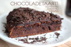 Recept: Chocoladetaart! Glutenvrij, Suikervrij en Vegan(istisch)! Sugar Free Recipes, Raw Food Recipes, Cake Recipes, Snack Recipes, Dessert Recipes, Desserts, Vegan Sweets, Healthy Sweets, Healthy Baking