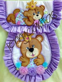 Vestido de baño Cotton House, Baby Boy Rooms, Bathroom Sets, Fabric Decor, Cool Toys, Sewing Crafts, Diy And Crafts, Applique, Teddy Bear