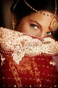 Beautiful South Asian bride!