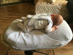 Little #CharlieMel 9 days old loves his Babocush. It is attached to his bloom coco (fabric) lounger (not the wood lounger). We have the Babocush on Vibrate with sound. Santa Monica, California