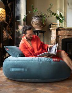 Pufs PUPILLOW VELVET | DIHWEB Decoración online Falling In Love, Bean Bag Chair, Hero, Slim, Outdoor Furniture, Hammocks, Side Tables, Carpets, Lamps