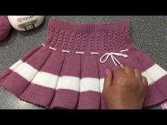 Ideas crochet skirt pattern baby christmas trees for 2019 Baby Girl Patterns, Baby Knitting Patterns, Knitting Designs, Crochet Flower Patterns, Crochet Scarf Easy, Crochet Cardigan, Girls Knitted Dress, Crochet Baby Boots, Crochet Gloves