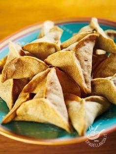 Fatayer Lebanese with spinach - Le Fatayer alla libanese sono un piatto di tradizione araba, per tutti gli amanti delle ricette da Mille e una notte... Qui nella versione alla libanese! #fatayer