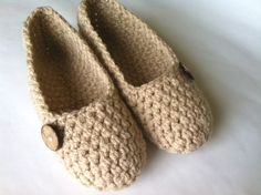 Super Chunky , Simply slippers , Adult Crochet Slippers , Women slippers with natural cocunut shell round button, house shoes. $29.50, via Etsy.
