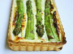 Spargel-Tart mit dreierlei Käse Tonka Bohne, Tart, Asparagus, A Food, Bread, Meals, Vegetables, Cooking, Ethnic Recipes