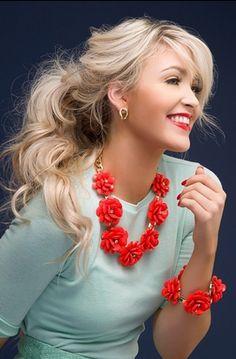 Orange bloom necklace http://rstyle.me/n/banwjnyg6