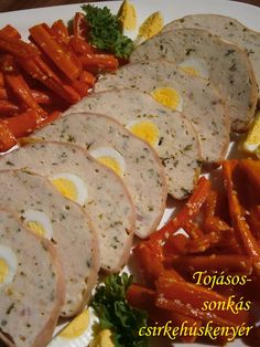 Hankka: Tojásos-sonkás csirkehúskenyér Meat Recipes, Real Food Recipes, Chicken Recipes, Dinner Recipes, Cold Dishes, Party Finger Foods, Hungarian Recipes, Recipes From Heaven, Food To Make