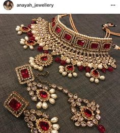 Fulfill a Wedding Tradition with Estate Bridal Jewelry Indian Jewelry Sets, Indian Wedding Jewelry, Wedding Jewelry Sets, Bridal Jewelry, Gold Jewelry, India Jewelry, Bridal Jewellery Inspiration, Bollywood Jewelry, Gold Earrings Designs