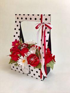 ПОКОРИ Идею! Идеи! Мастер-классы! Товары! | ВКонтакте Felt Flowers, Diy Flowers, Flower Decorations, Paper Flowers, Flower Box Gift, Flower Boxes, Flower Cards, Art Floral, Fleur Design