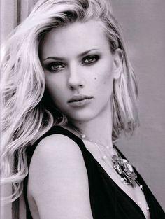 Scarlett Johanson is beautiful Scarlett Johansson, Most Beautiful Eyes, Beautiful People, Naturally Beautiful, Beautiful Celebrities, Beautiful Actresses, Female Celebrities, Scarlett And Jo, Natasha Romanoff