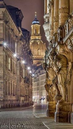 Frauenkirche at night, Dresden, Germany #travelphotography   #nightphotography…