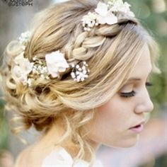 Wedding hair inspiration. Tons of ideas on this b | Pinterest Most Wanted