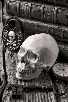 Skull And Skeleton Key  By Garry Gay  http://www.creativeboysclub.com/