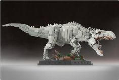 Cool Stuff: Custom LEGO Sets for 'Jurassic World' Indominus Rex and 'Jurassic Park' Ford Explorer Lego Jurassic World, Dino Lego, Robot Lego, Lego Batman, Lego Bionicle, Lego Design, Indominus Rex, Tyrannosaurus Rex, Niklas
