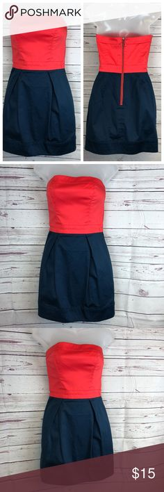 "French Connection Red & Blue Strapless Dress Tag Size 4 97% Cotton & 3% Spandex, Dry Clean Has front pockets Gently Used Condition, No holes & No stains Approx. measures: Chest (armhole to armhole) 29"" - Waist 26"" - Length (center back to hem) 23 1/2"" Ships within 1 business day Thanks for stopping by and checking out my closet!  18-041218 French Connection Dresses Strapless"