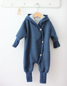 Petit cochon - Kinderkleidung, die mitwächst. Handarbeit aus Berlin! - Wollanzug blaubeere