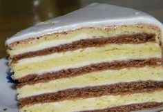 New Desserts Cake Vanilla White Chocolate Ideas Healthy Dessert Recipes, Cake Recipes, Homemade Pastries, Honey Cake, Russian Recipes, Food Cakes, Vanilla Cake, Food To Make, Food And Drink