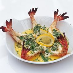 A picture of Delia& Roasted Butterflied Tiger Prawns in Garlic Butter recipe butterflyprawns Prawn Recipes, Fish Recipes, Seafood Recipes, Cooking Recipes, Appetizer Recipes, Dinner Recipes, Healthy Recipes, Tiger Prawn Recipe, Tiger Shrimp