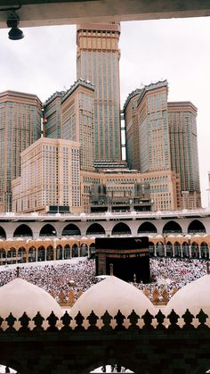 Wishing to go perform Hajj on Wednesday, Mecca Wallpaper, Quran Wallpaper, Islamic Quotes Wallpaper, Islamic Images, Islamic Pictures, Islamic Art, Muslim Images, Islamic Qoutes, Mecca Madinah