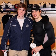 Sid with Connor McDavid 02/11/13