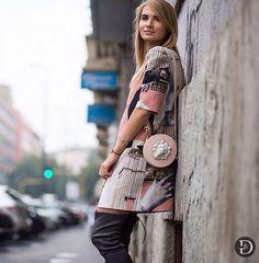 Fashion blogger Kykla Masha-Maria Kolosova carrying our handbag by Andres Gallardo in MFW