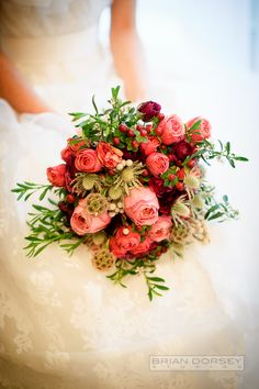 Scabiosa pods, roses and fresh red berries come together for a beautiful rustic wedding bouquet. Red Wedding, Floral Wedding, Rustic Wedding, Wedding Ideas, Decor Wedding, Garden Wedding, Bridal Flowers, Flower Bouquet Wedding, Flower Bouquets