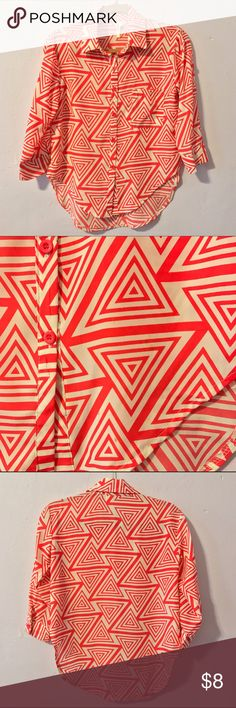 Coral Chevron Print Button up long sleeve top Unique and fun coral and beige silky lightweight polyester button up top with mod chevron/ geometric print. Fun for work, perfect for casual & cute outings and events. Worn only 1 time and in perfect condition. Standard size Small but has loose breezy fit, would look good on a size Medium as well. Purchased from the super cute boutique Henri Girl. Brand is 36point5, not Tobi- only tagged for exposure. Tobi Tops Button Down Shirts