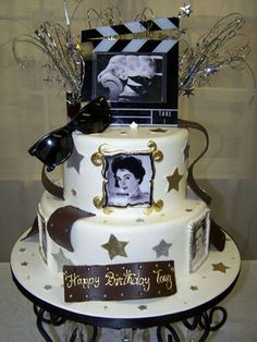 Old Hollywood Charlie Chaplin Cake   made by Granny Schmidt s in Whitehall   PA   Wedding   Pinterest   Br llop  Kakor och Br llopst rtorOld Hollywood Charlie Chaplin Cake   made by Granny Schmidt s in  . Old Hollywood Wedding Cakes. Home Design Ideas