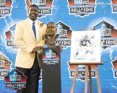 Pro Football Hall of Fame Class of was born in Phoenix, AZ. Nfl Hall Of Fame, Football Hall Of Fame, Viking Baby, Minnesota Vikings Football, Canton Ohio, Phoenix Arizona, Legends, The Past, Fan