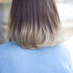 ホワイトベージュの毛先グラデーション Hair Dye, Hair Colour, Bob Hairstyles, Hair Goals, Short Hair Styles, Hair Cuts, Beauty, Hair, Hair