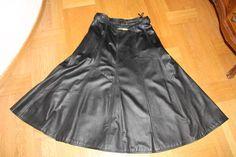 Lederrock schwarz, Größe 40/42, gefüttert, mit Gürtel