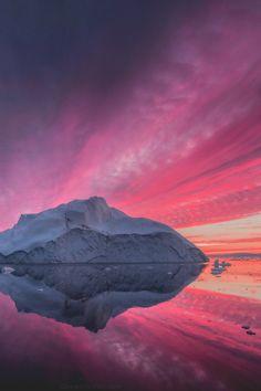 theencompassingworld:  motivationsforlife:  Fire on Ice by Daniel Kordan \ MFL  The World Around Us